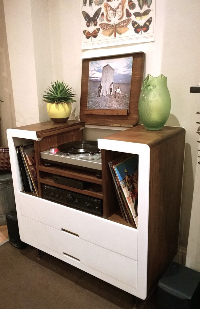 bespoke record player unit