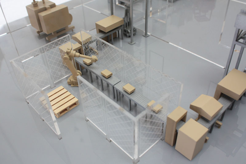 Industrial Scale Model packing