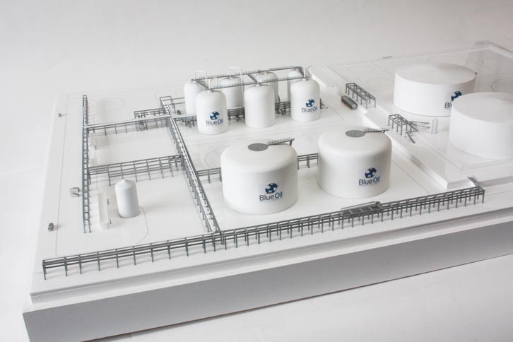 Industrial Scale Model Blue Oil Refinery